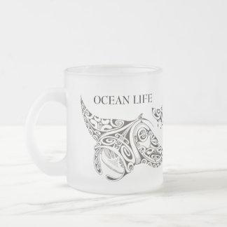 海の生命マンタ光線 フロストグラスマグカップ