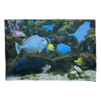 海の青の魚 枕カバー