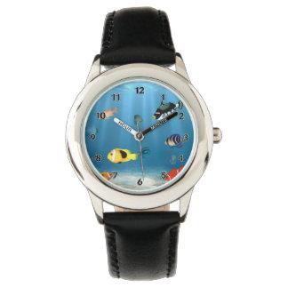 海の魚 腕時計