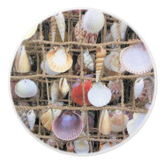 海はノブを殻から取り出します セラミックノブ