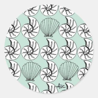 海はパターンSeafoamの緑を殻から取り出します ラウンドシール
