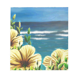 海を見落としている黄色いハイビスカス ノートパッド