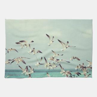 海カモメの飛行中に台所タオル キッチンタオル