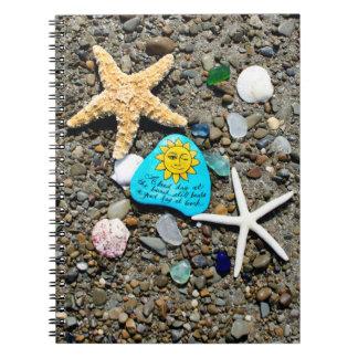 海ガラス、ビーチのガラス芸術おもしろいなジャーナルノート ノートブック