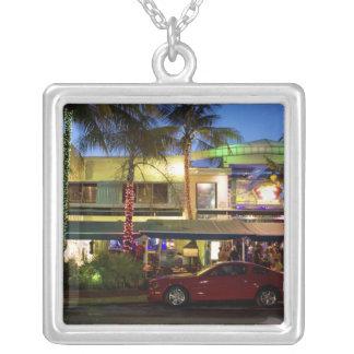 海ドライブ、南ビーチ、マイアミの夜遊び シルバープレートネックレス