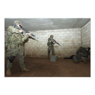 海兵隊員はSASOのインストラクターを下ろしておきます フォトプリント