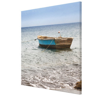 海岸のビーチのドミニカ共和国のボート キャンバスプリント
