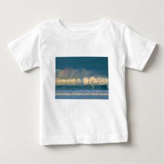 海洋波のスプレー ベビーTシャツ
