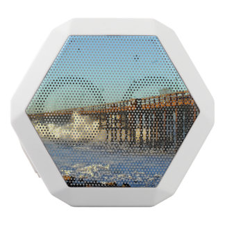 海洋波の嵐桟橋 ホワイトBluetoothスピーカー
