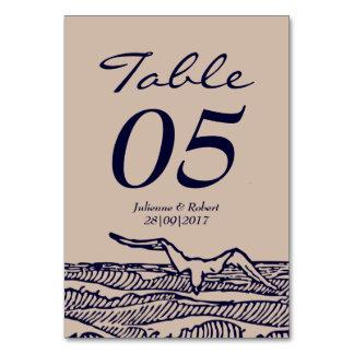 海洋波の素朴なビーチ結婚式のテーブルカード カード
