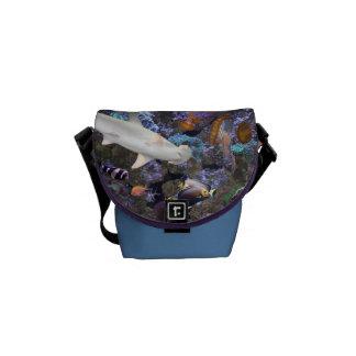 海洋生物の小さいメッセンジャーバッグ メッセンジャーバッグ