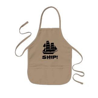 海賊船。 帆船 子供用エプロン