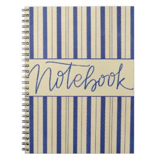 海軍またはクリームのノートのデザイン ノートブック