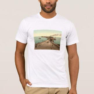 海軍本部桟橋、ドーバー、ケント、イギリス Tシャツ