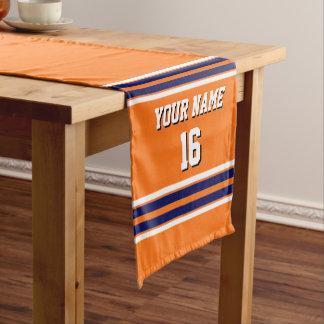 海軍白のストライプのチームジャージーを持つカボチャオレンジ ショートテーブルランナー
