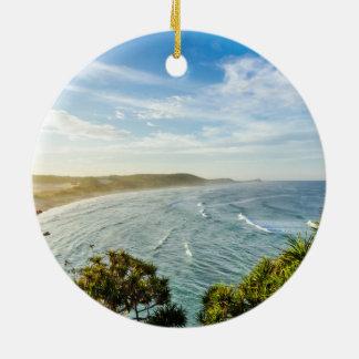 海、波のビーチの表面 セラミックオーナメント