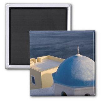 海、Oia Santoriniの近くの正教会 マグネット