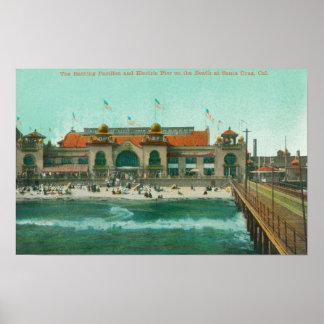 浸るパビリオンおよび電気桟橋の眺め ポスター