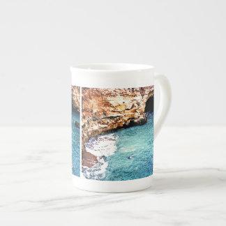 消失のビーチ-谷Covo -アルガルヴェ地方ポルトガル ボーンチャイナカップ