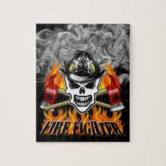 消防士のスカル2および燃えるような斧 ジグソーパズル