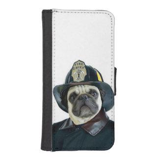 消防士のパグ犬 iPhoneSE/5/5sウォレットケース