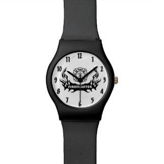 消防士の入れ墨 腕時計