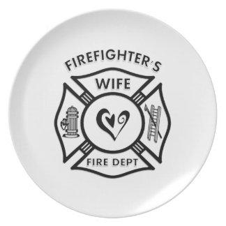 消防士の妻のマルチーズのハート プレート