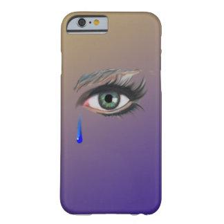 涙ぐんだ目 BARELY THERE iPhone 6 ケース