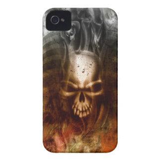 涼しいゴシック様式スカルおよび骨 Case-Mate iPhone 4 ケース