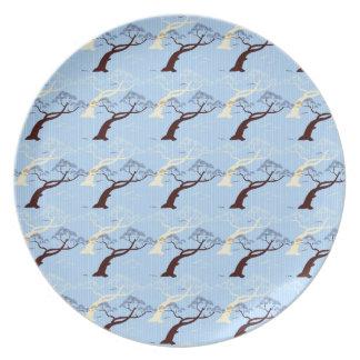 涼しい日本の盆栽の木の鳥のストライプなパターン プレート