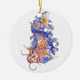 涼しい東洋の日本ので赤いコイのコイの魚の入れ墨 セラミックオーナメント