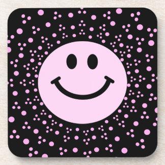 淡いピンクのスマイリーフェイス + 水玉模様の正方形のコースター コースター