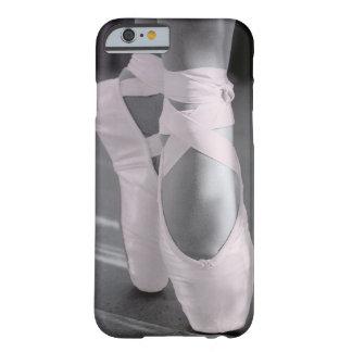 淡いピンクのバレエシューズ BARELY THERE iPhone 6 ケース