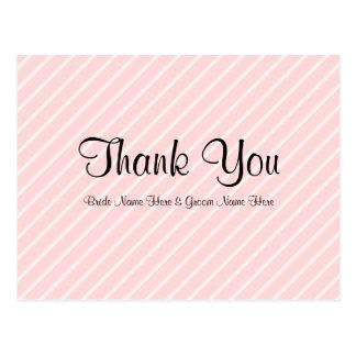 淡いピンクの対角線のストライプな結婚式は感謝していしています ポストカード