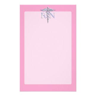 淡いピンクの装飾の公認看護師RNのケリュケイオン 便箋