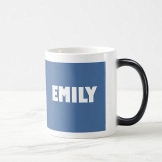 淡いブルーのエミリーの名前 モーフィングマグカップ