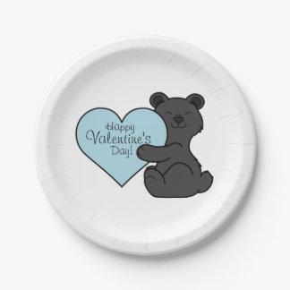 淡いブルーのハートのバレンタインデーのヒグマ ペーパープレート
