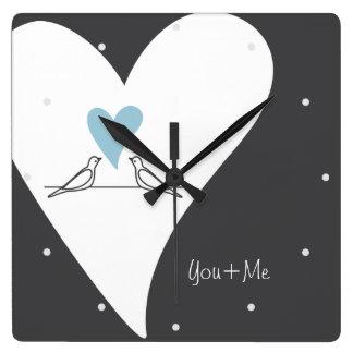 淡いブルーのハート愛鳥の素朴でモダンな結婚式 スクエア壁時計