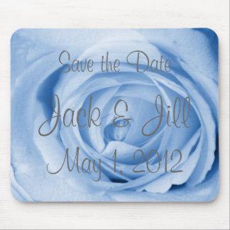 淡いブルーのバラの保存日付 マウスパッド