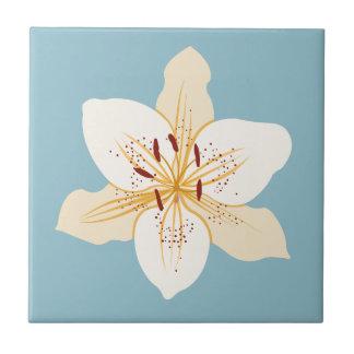 淡いブルーのワスレグサのイラストラティブデザイン タイル