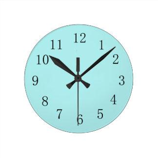 淡いブルーの台所柱時計 ラウンド壁時計
