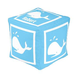 淡いブルーの白いクジラ: 名前と個人化して下さい プーフ