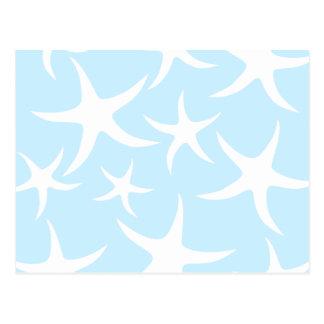 淡いブルーの白いヒトデパターン。 ポストカード
