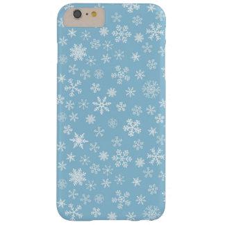 淡いブルーの背景の雪 BARELY THERE iPhone 6 PLUS ケース