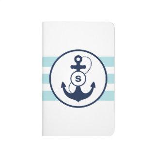 淡いブルーの航海のないかりのモノグラム ポケットジャーナル