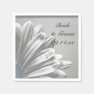淡いブルーの花柄のハイライトの結婚 スタンダードカクテルナプキン