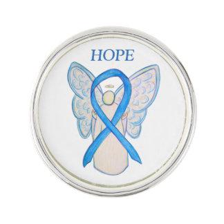 淡いブルーの認識度のリボンの天使のカスタムのラペルピン ラペルピン