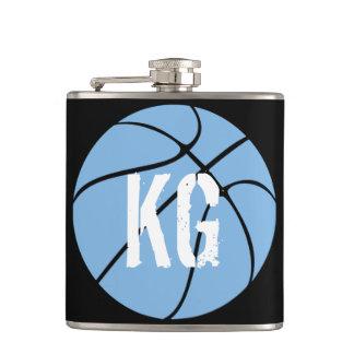 淡いブルーの(カロライナの青の)バスケットボールのスキットル フラスク
