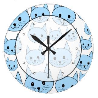 淡いブルー猫。 パターン ラージ壁時計