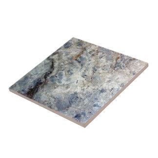 淡青色の白い大理石の石造りの終わり タイル